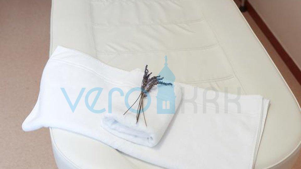 Malinska, aktivan pansion sa 12 spavaćih soba