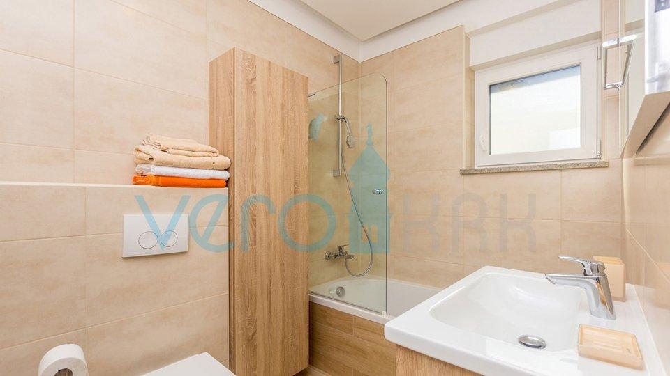 House, 123 m2, For Sale, Malinska