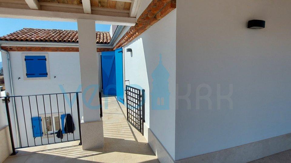 Mesto Krk, širša okolica, čudovita sredozemska vila z bazenom in pogledom na morje