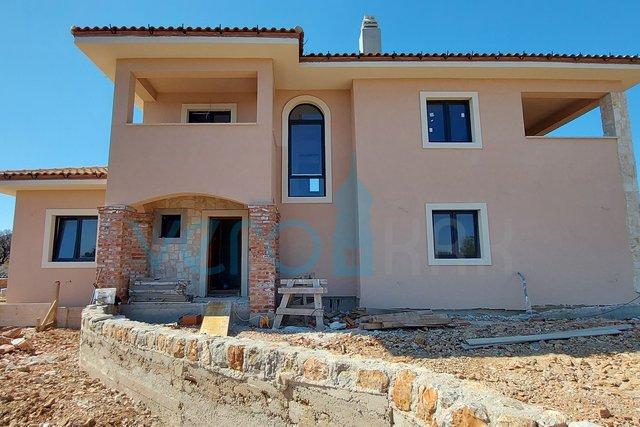 Hiša, 247 m2, Prodaja, Krk