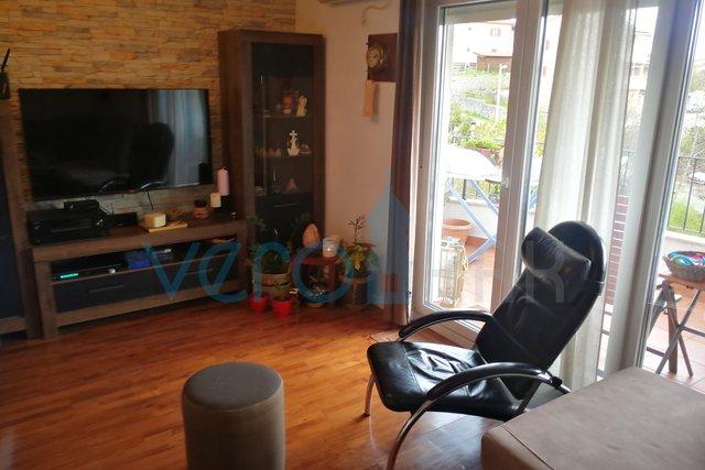 Rijeka, Srdoči, četverosoban stan od 145 m2 na odličnoj lokaciji