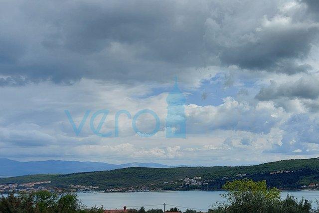 Otok Krk, Uvala Soline, dvosoban stan od 58 m2 sa panoramskim pogledom na more