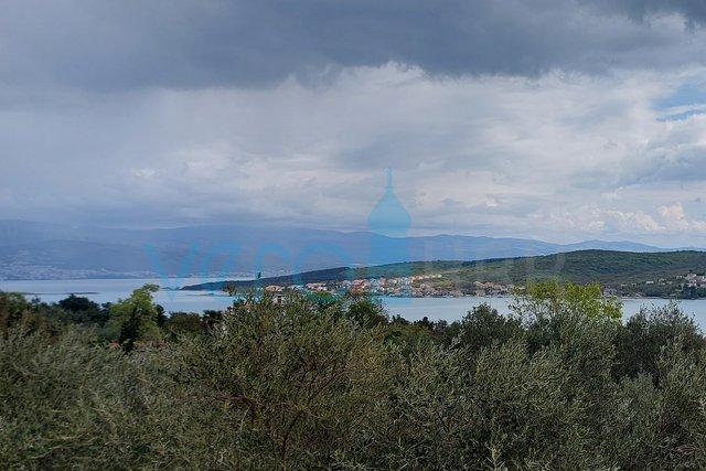 Otok Krk, Uvala Soline, stan od 40 m2 sa panoramskim pogledom na more