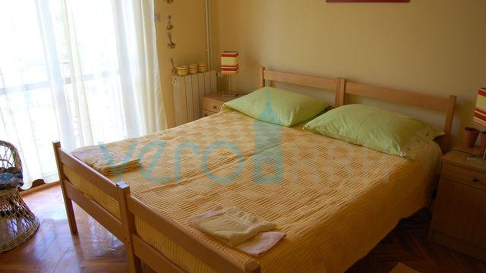 Njivice, apartment 82m2 at 100m to the beach