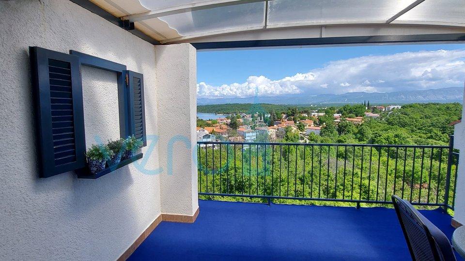 Njivice, otok Krk, dvosoban stan od 67m2, sa otvorenim pogledom na more