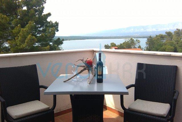 Uvala Soline, otok Krk, dvosoban stan na 2 katu, sa pogledom na more