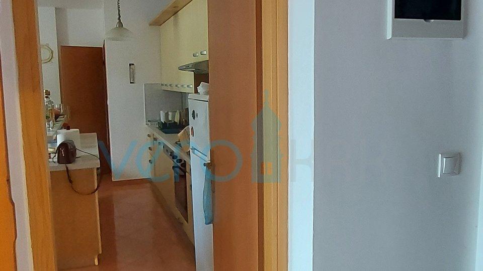 Malinska, okolica, jednosoban stan od 59 m2 u prizemlju sa okućnicom