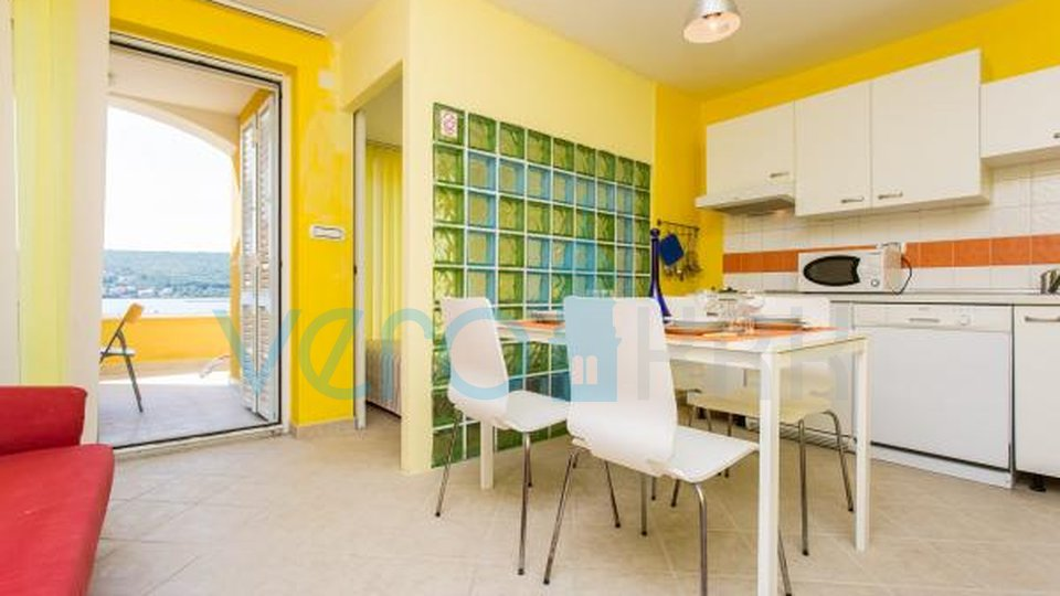 Otok Krk, uvala Soline, duplex apartman 40m do mora