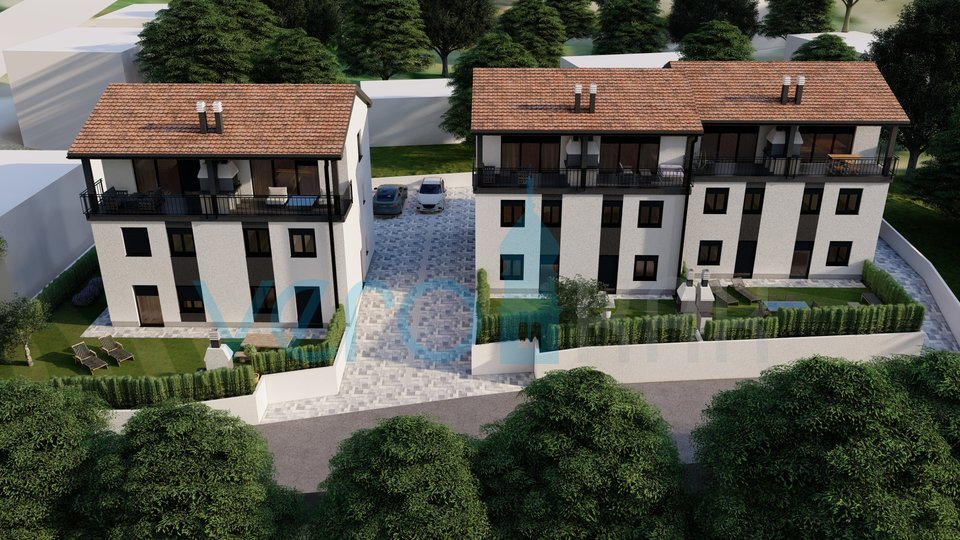 Uvala Soline, otok Krk, trosoban stan u prizemlju sa okućnicom u novogradnji