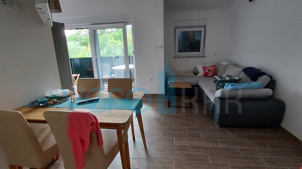 Bucht Soline, Insel Krk, Wohnung in einem Neubau im ersten Stock mit Garten