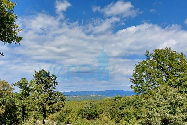 Grad Krk, šira okolica, poljoprivredno zemljište od 687 m2