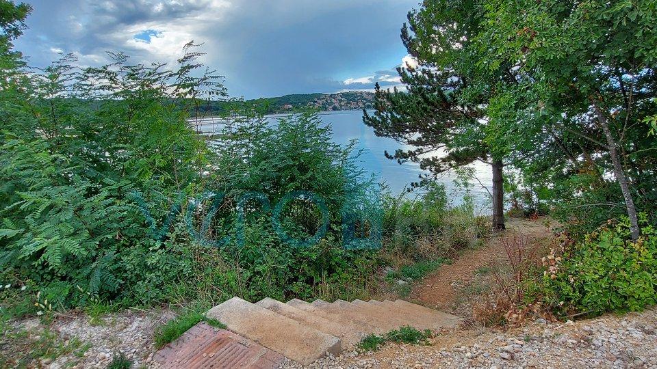 Uvala Soline, otok Krk, građevinsko zemljište 2 red do mora
