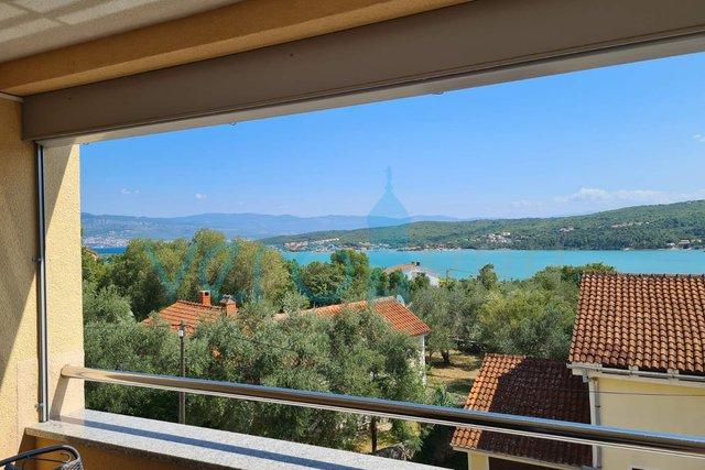 Uvala Soline, otok Krk, apartman sa panoramskim pogledom na more