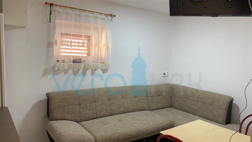 Hiša, 60 m2, Prodaja, Omišalj