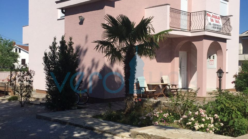 Island Krk, Malinska, surroundings, functional house with pool 300m from the sea