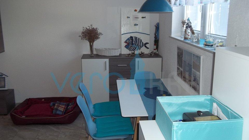 Otok Krk, Šilo, apartman sa okućnicom u prizemlju, s pogledom na more