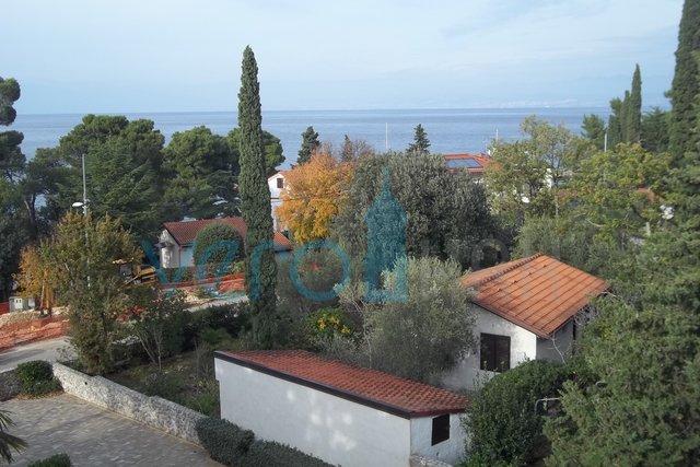 Isola di Krk, Malinska, appartamento con due camere da letto con vista mare a 80m