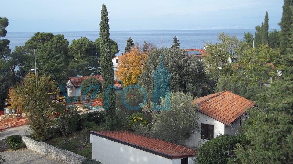 Otok krk, Malinska, dvosoban apartman s pogledom na more na 80m