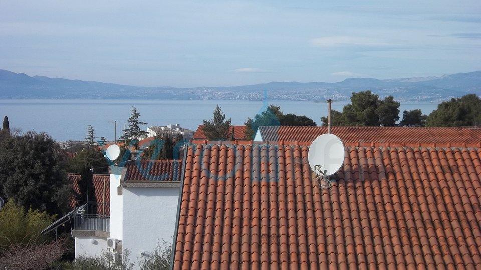 Otok Krk, Malinska dvosoban stan s panoramskim pogledom na more