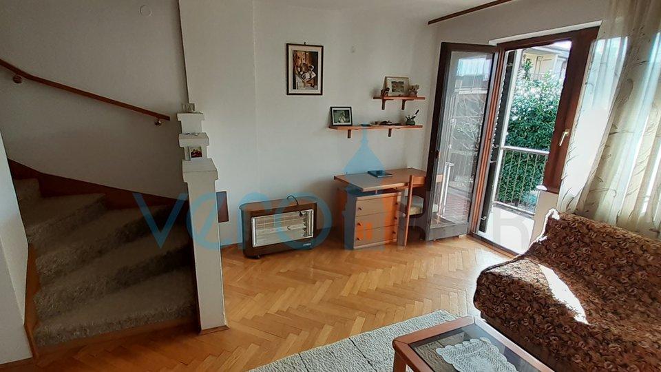 Rijeka, Kastav, house with garage and garden
