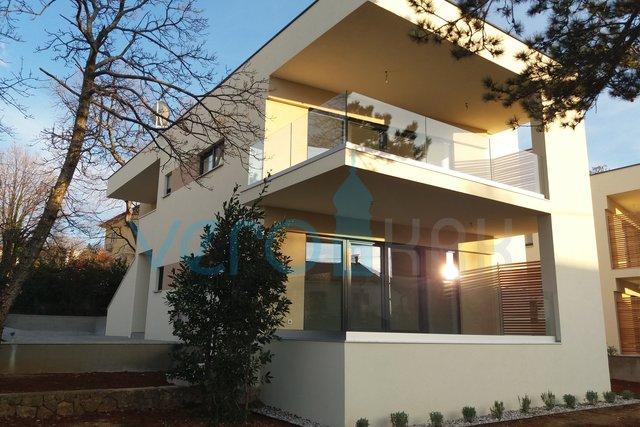 Insel Krk, Njivice, eine moderne Wohnung mit wunderschönem Meerblick