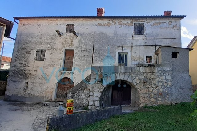 House, 250 m2, For Sale, Malinska