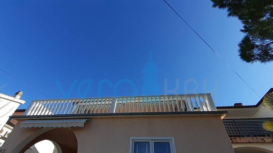 Insel Krk, Malinska, perfektes Touristenhaus im Zentrum