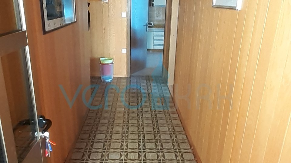 House, 180 m2, For Sale, Punat