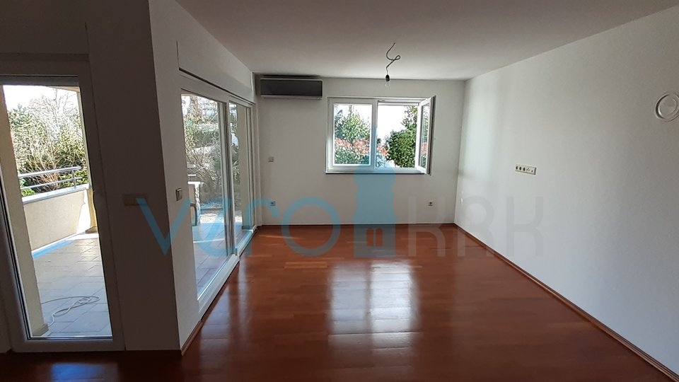 Island of Krk, Malinska, two bedroom apartment on the ground floor, 70m from the sea