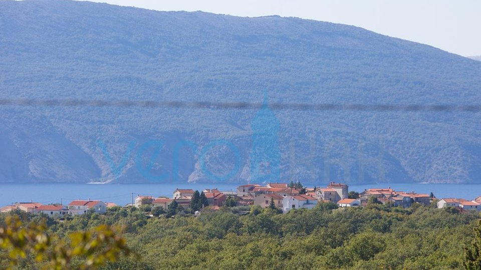 The island of Krk, town of Krk area, detached house with pool and sea view