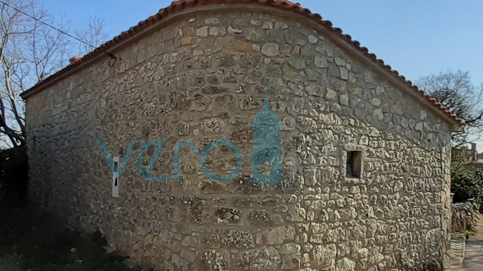 Krk city, surroundings, renovated stone house with terrace