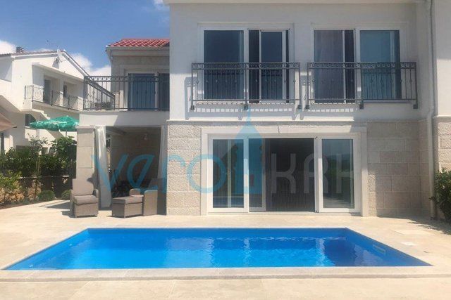 Island of Krk, Malinska, surroundings, modern semi-detached house with sea view and pool