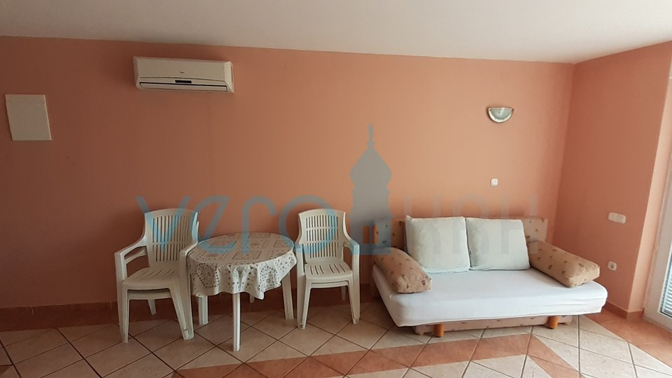 Malinska, nice, one bedroom apartment on the first floor