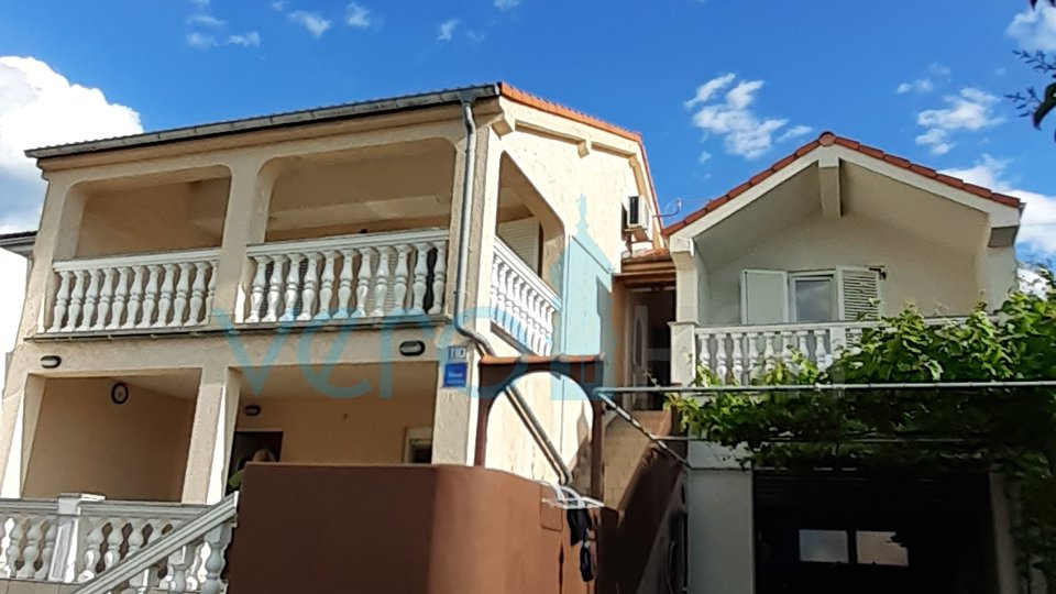Semi-detached house 50m from the sea