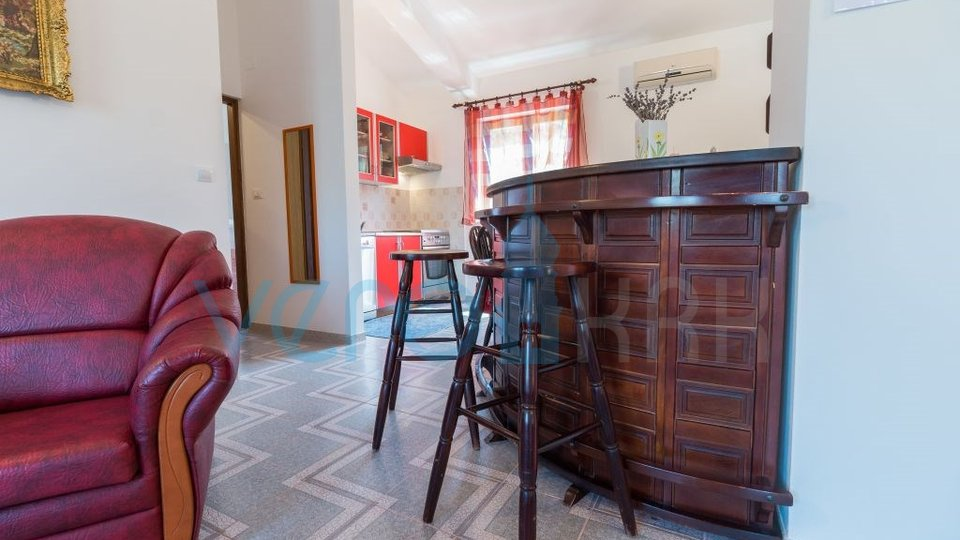 Haus, 250 m2, Verkauf, Baška