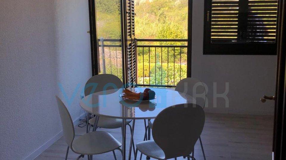 Krk City, appartamento con due camere da letto con soggiorno in ottima posizione
