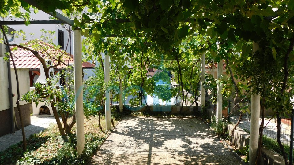Baska, island of Krk, two bedroom apartment on the ground floor with a beautiful garden
