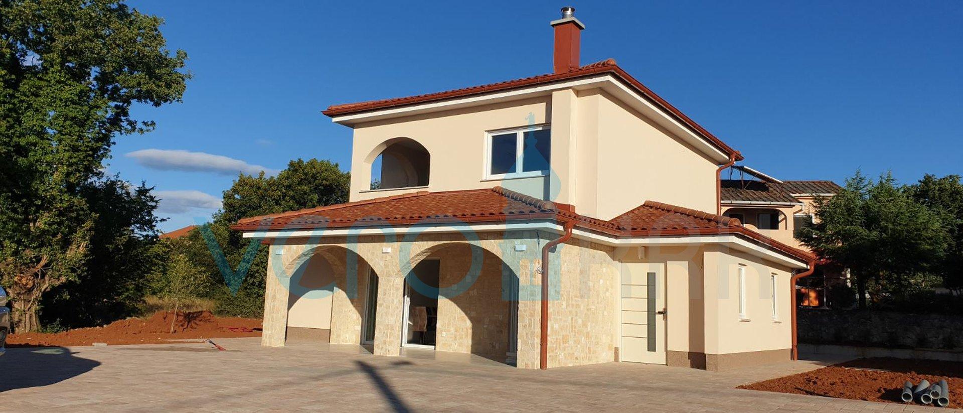 Rasopasno, isola di Krk, moderna casa prefabbricata indipendente a basso consumo energetico