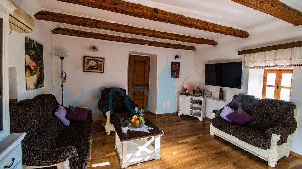 Casa, 160 m2, Vendita, Vrbnik