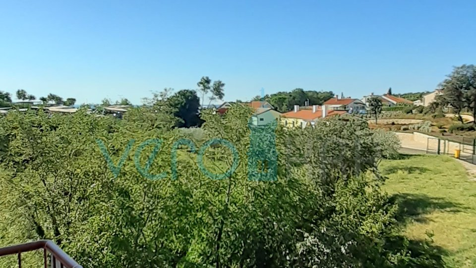 KRK CITY, DUPLEX MIT ZWEI TERRASSEN UND BALKON, 200 m VOM MEER!