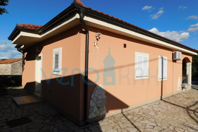 House, 159 m2, For Sale, Malinska