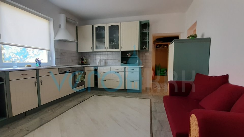House, 250 m2, For Sale, Malinska