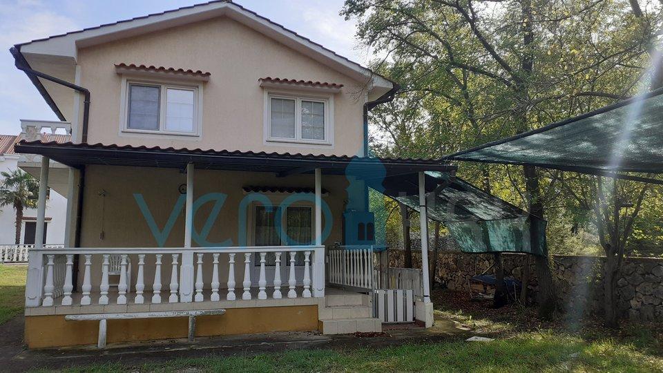 L'isola di Krk, Malinska, casa indipendente su un terreno di 1106m2