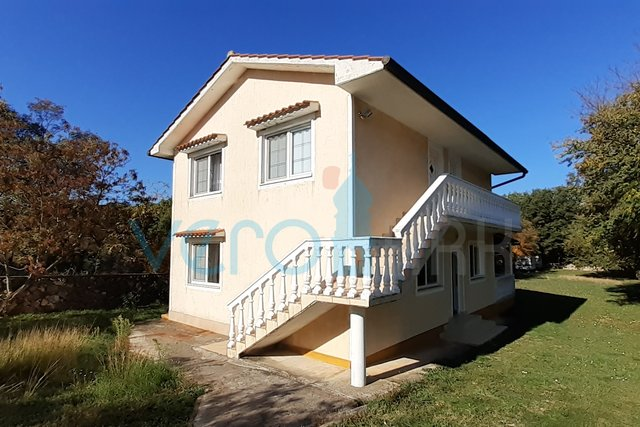 The island of Krk, Malinska, detached house on a plot of 1106m2