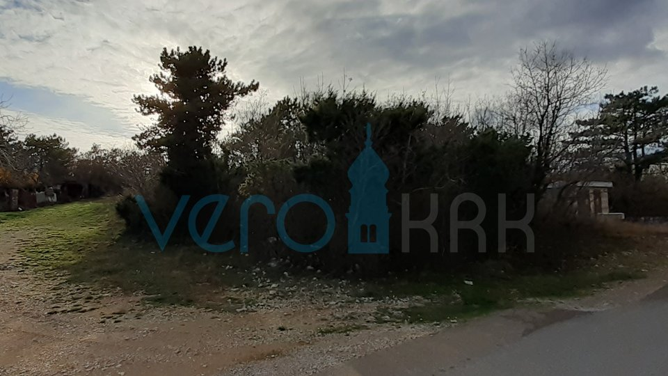 The island of Krk, Silo, building land only 300 m from the sea!