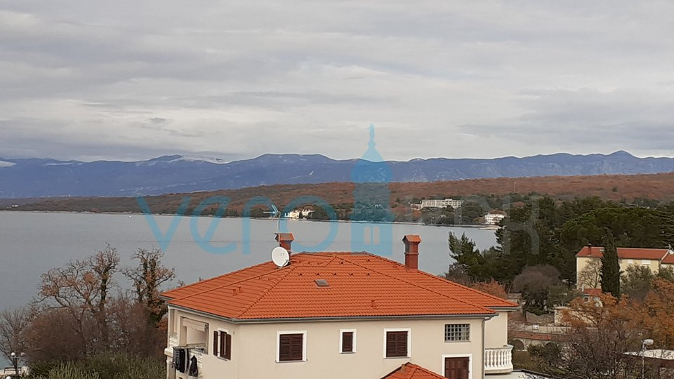 Malinska, luxury apartment 70m from the beach, on the desired location