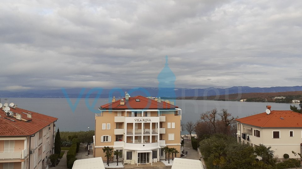 Malinska, impressive penthouse with panoramic sea view