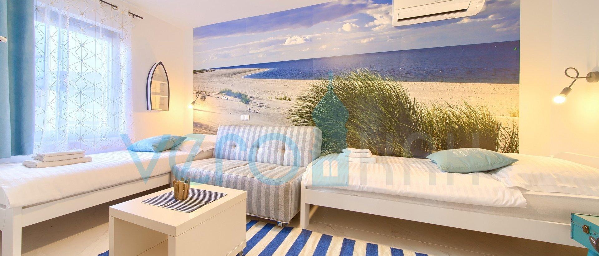 Malinska, okolica, moderan dvosoban apartman s panoramskim pogledom na more i okućnicom
