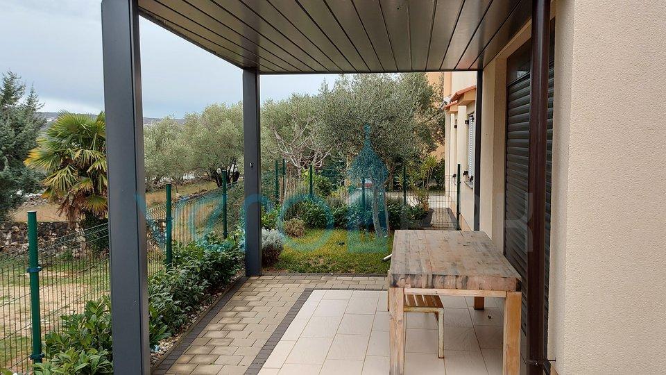 Die Insel Krk, Čižići, schöne Wohnung im Erdgeschoss mit Garten