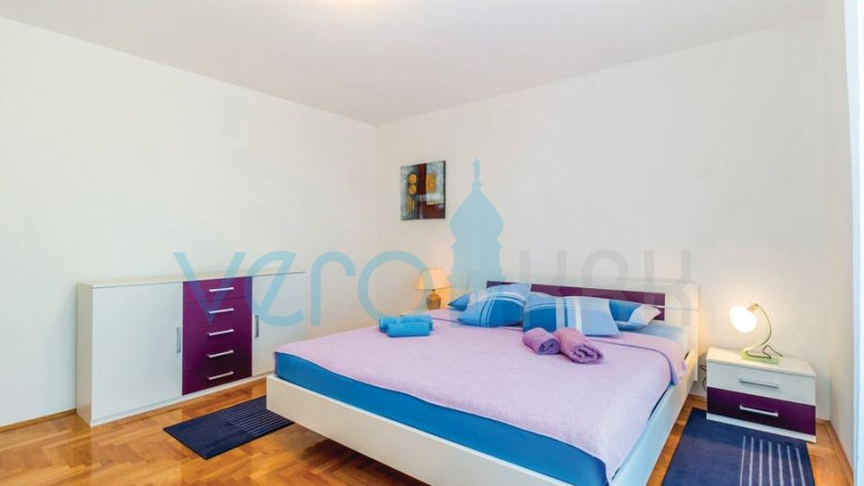 The island of Krk, Čižići, comfortable ground floor apartment with garden